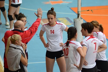 Coaching Volleyball Skills