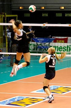 Training Volleyball Hitting