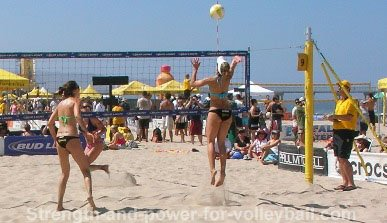 Learning to hit shots in sand volleyball